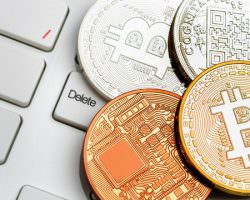 Immagine Crollo del Bitcoin: Cosa Dicono gli Esperti