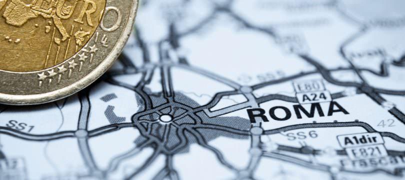 Immagine Euro Dollaro: Cosa Succede se Scoppia la Crisi Finanziaria in Italia