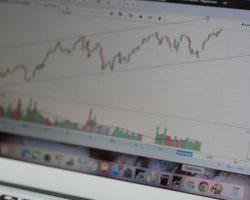 Immagine 10 Consigli per Potenziare il Tuo Piano di Trading