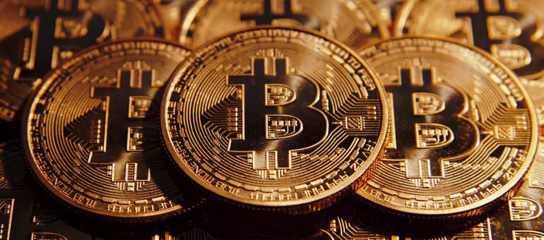 Immagine Bitcoin Perde il 30% a Novembre: Crollo Definitivo?