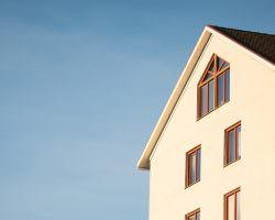 Immagine Comprare Casa all'Estero: Opportunità di Investimento o Rischio?