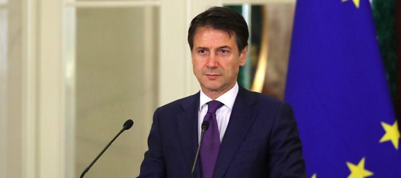 Immagine Trading Online e Crisi del Governo Italiano: Come Reagiranno i Mercati?