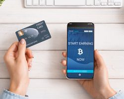 Immagine Google Pay e Apple Pay: Ora è Possibile Comprare Bitcoin con Questi Sistemi