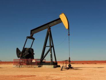 Immagine Prezzo del Petrolio: Cosa Aspettarsi per la Seconda Parte del 2021