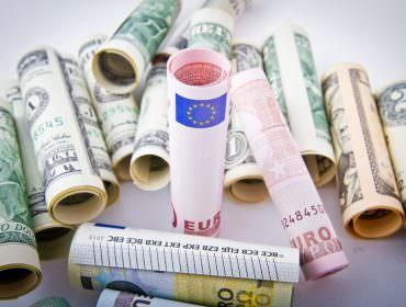 Immagine Euro Dollaro, Non solo le Banche Centrali: gli Altri Market Mover